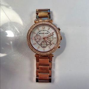 MICHAEL KORS GREAT CONDITION ROSE GOLD WATCH